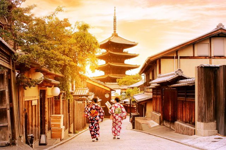 夕暮れの京都、風情があります
