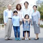 父や母全員で家族写真