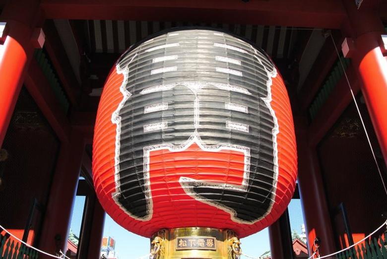 東京浅草の雷門