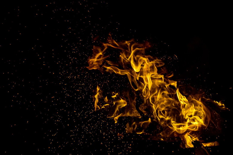 BBQで火起こし!
